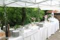 Svatební raut na zahradě   Prague catering