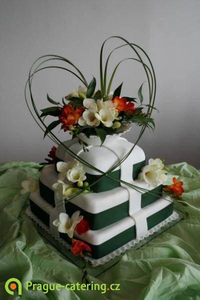 Wedding cakes | Custom wedding cakes | Ocassion cakes | prague-catering.cz